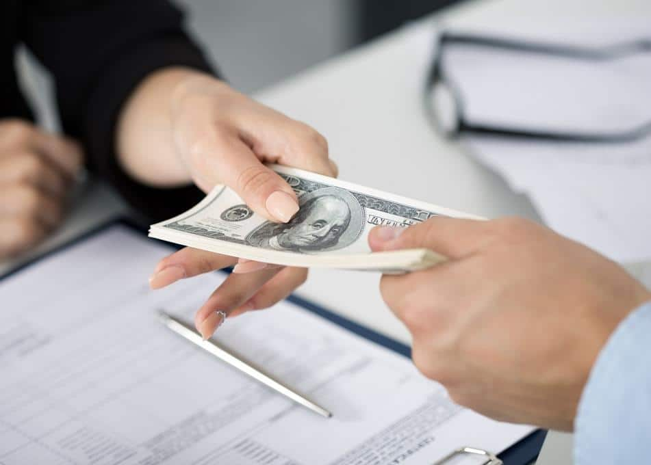 Tìm hiểu công ty tài chính là gì?