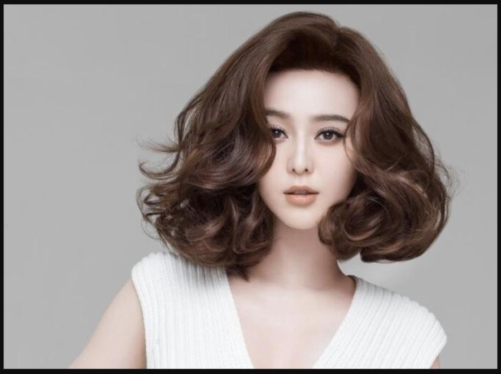 Bạn cũng có thể chọn kiểu tóc ngắn cho nữ bồng bềnh