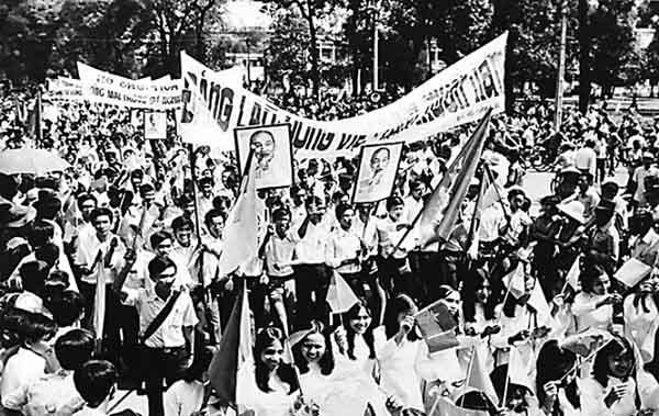 cách mạng dân tộc dân chủ và phương pháp bạo lực cách mạng
