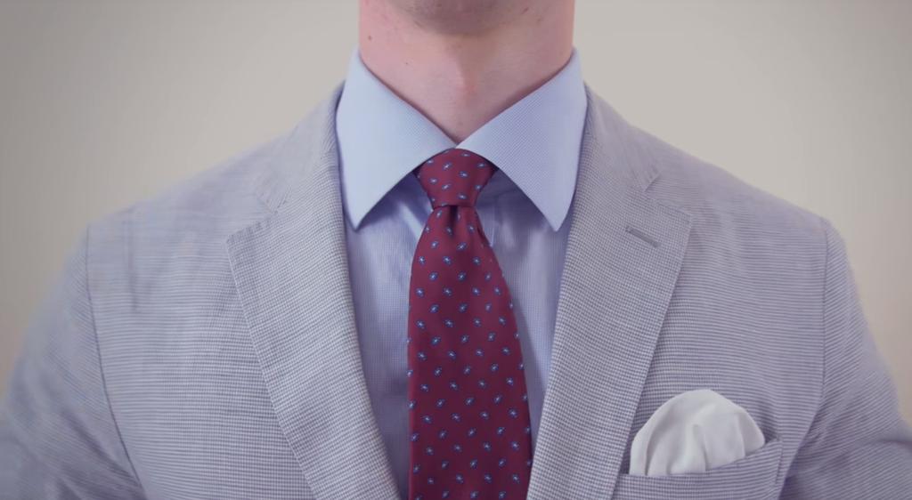 Cách thắt cà vạt kiểu ford in hand dễ dàng thực hiện