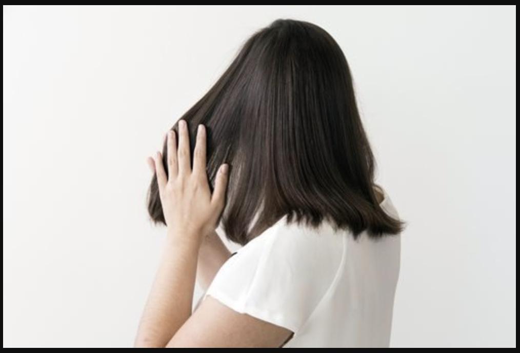 Dưỡng tóc ngắn bằng serum