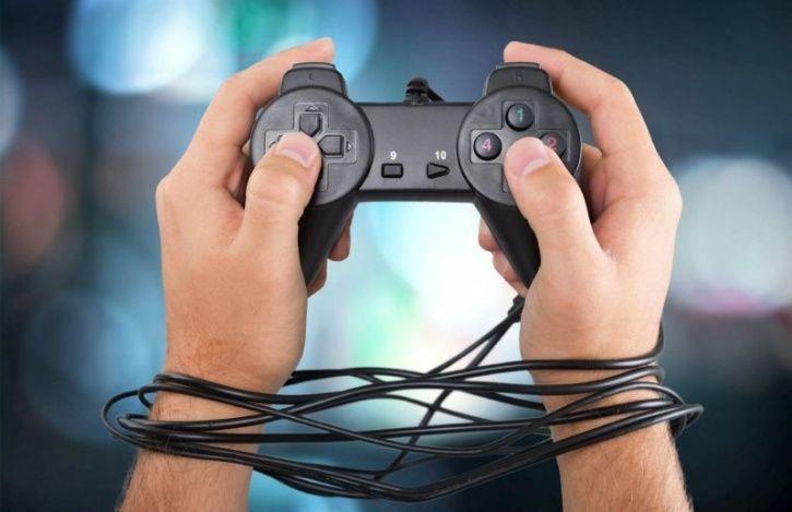 Hạn chế sự tiếp xúc của trẻ với các trò chơi điện tử