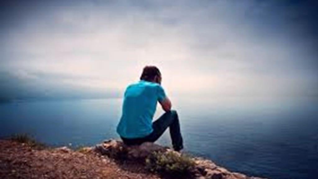 Hình ảnh khi con trai buồn và cô đơn