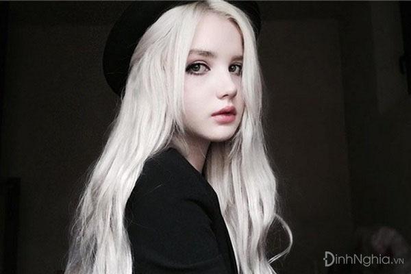 một số kiểu tóc bạch kim nữ