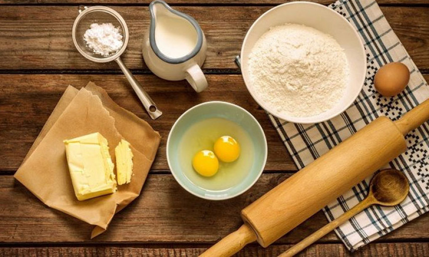 Nguyên liệu làm phần sốt kem cho bánh