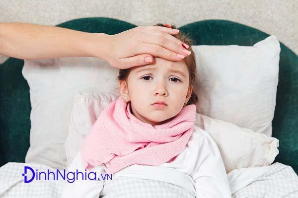 tìm hiểu về sốt siêu vi ở trẻ
