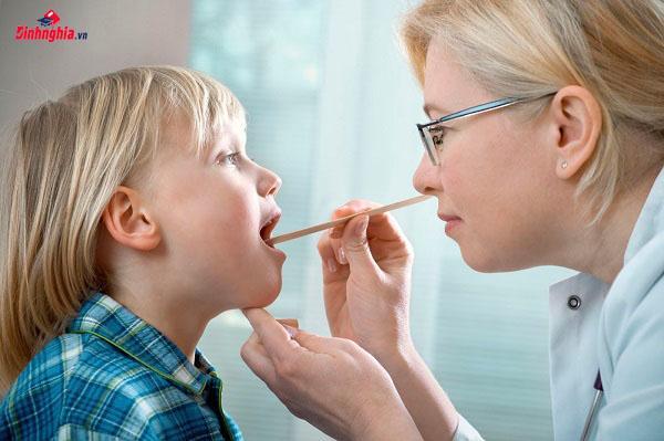tình trạng viêm amidan là gì ở trẻ nhỏ